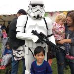 stormtooper-and-boy